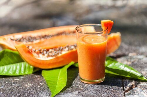 Glas met papajasap