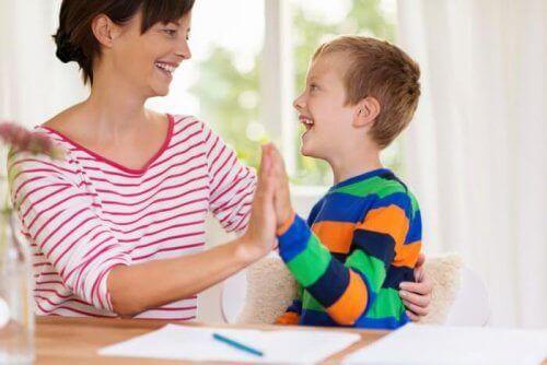 Moeder en autistische zoon