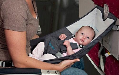 Een speciale stoel voor je baby tijdens het reizen