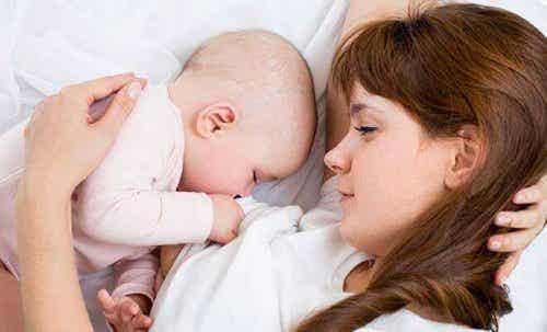 Kun je zwanger worden terwijl je borstvoeding geeft?