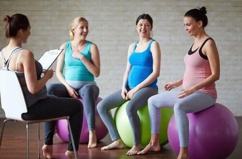 Zwangerschapsgymnastiek is belangrijk tijdens de zwangerschap