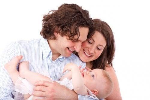 Ouders met hun baby
