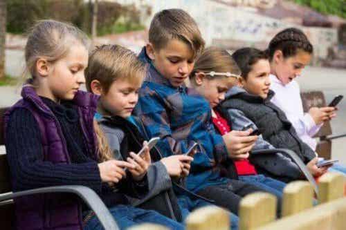 Technologische ziektes bij kinderen: wat moet je weten?