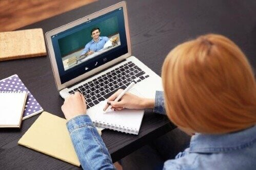 Onderwijs op afstand: de voor- en nadelen van e-learning
