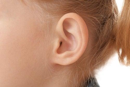 het oor van een kind