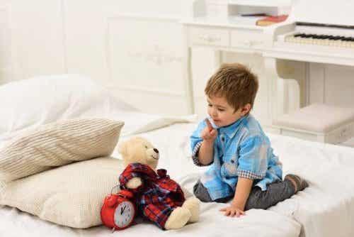 Wanneer baby's te afhankelijk raken van hun knuffeldieren