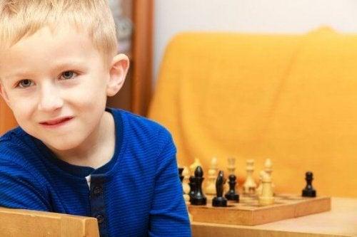 4 fouten om te vermijden bij hoogbegaafde kinderen