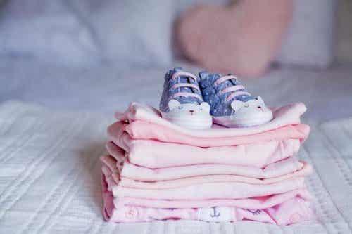 Wat te doen met de oude kleding van je kind