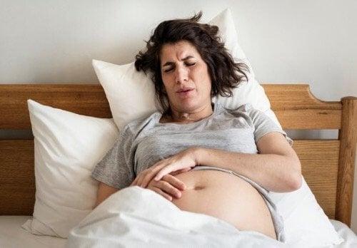 Wat je moet weten over aambeien tijdens de bevalling