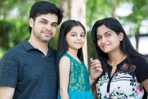 Enig kind met ouders