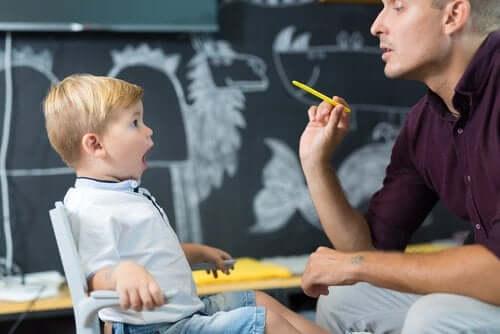 Leren spreken met een logopedist