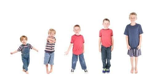 De verschillende ontwikkelingsfasen van kinderen