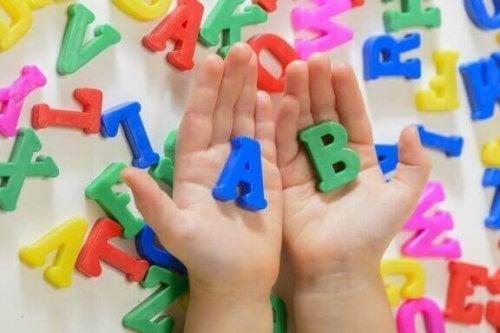 5 Acties die taalverwerving bij kinderen bevorderen