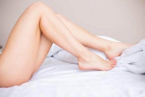 Onthaarde benen