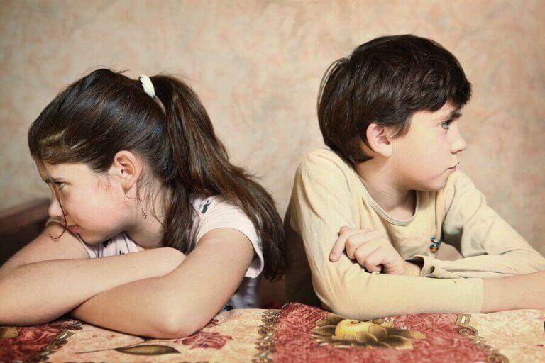 Wat te doen wanneer je kinderen steeds ruzie hebben