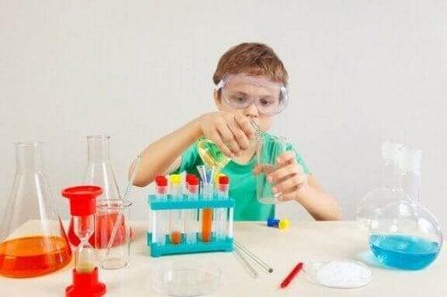 4 wetenschappelijke experimenten voor kinderen