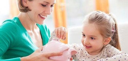 Kinderen leren sparen