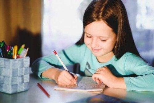 5 oefeningen om het handschrift van kinderen te verbeteren