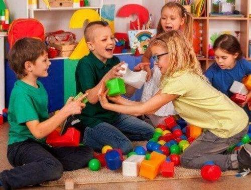 Sociale vaardigheden aanleren: empathie en assertiviteit