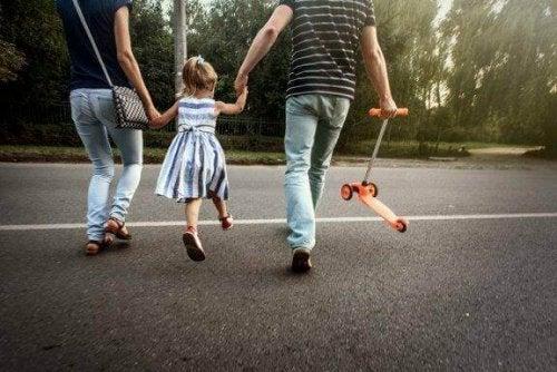 Een zondagsarmpje bij kinderen: wat moet je doen?