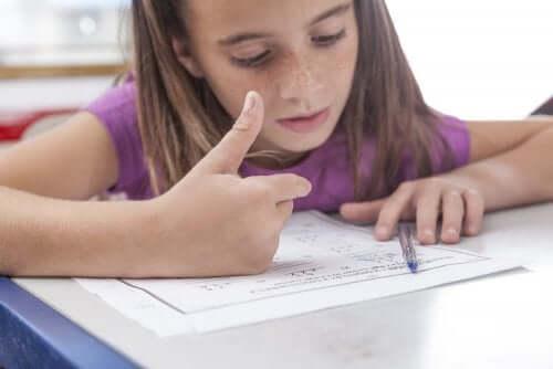 Veelvoorkomende tekenen van dyscalculie bij kinderen