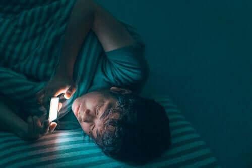 Mobielgebruik voor het slapen