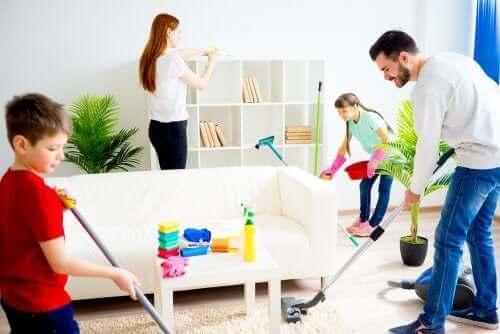 Samen in het huishouden helpen