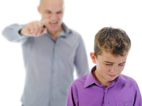 Schreeuwende vader is niet goed voor de ouder-kindrelatie