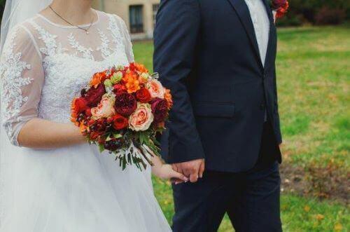 Waarom draagt een bruid wit op haar trouwdag?