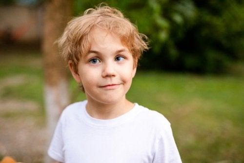 Strabismus: Oorzaken, diagnose en behandeling