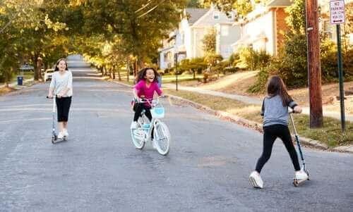 Socialisatie in de kindertijd: kenmerken en ontwikkeling