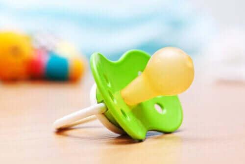Een speen gebruiken: de voor- en nadelen