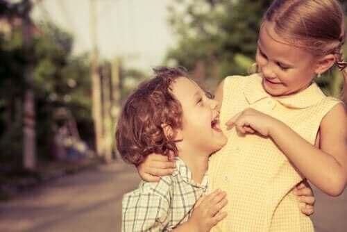 Genegenheid tussen broer en zus