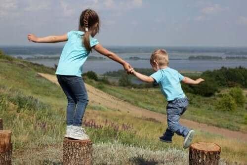 Rivaliteit en genegenheid tussen broers en zussen