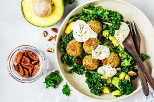 Een gezonde veganistische maaltijd