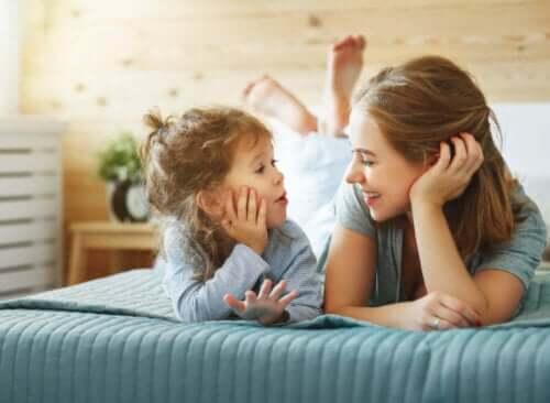 Met je kind praten om het te leren zelf te denken