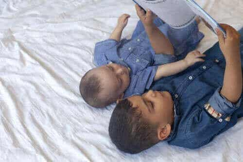 Verhalen over jaloezie om samen met kinderen te lezen