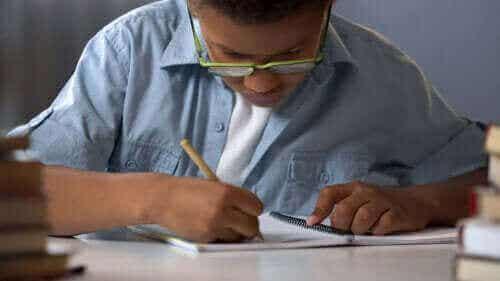 7 spelletjes met papier en potlood om met je gezin te doen