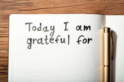 Bedankbriefjes om dankbaarheid te tonen
