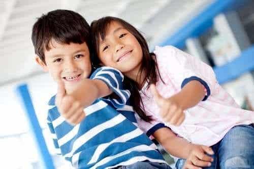 persoonlijke sterke kwaliteiten om aan te werken om gelukkige kinderen te hebben