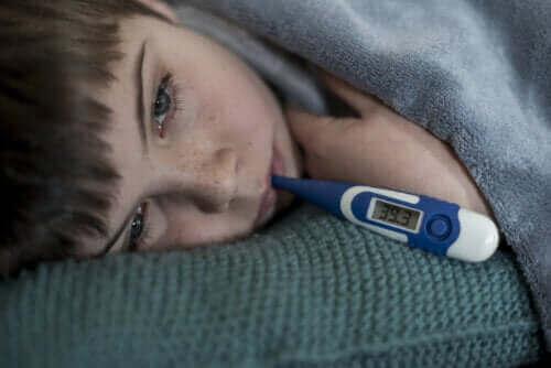 Groeien kinderen als ze koorts hebben?