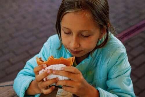 Hoog cholesterol bij kinderen: oorzaken en behandeling