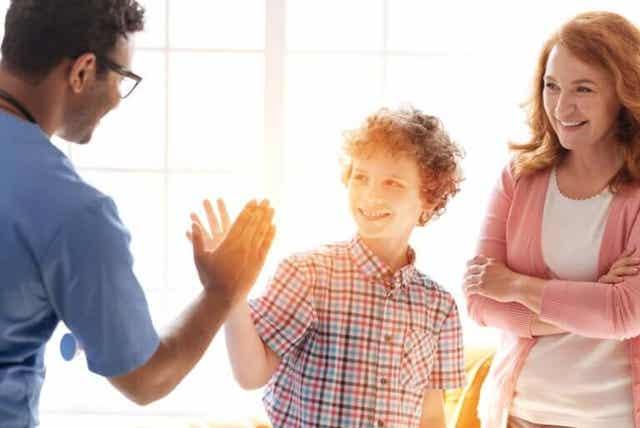 De arts moet een vertrouwensrelatie met de tiener hebben