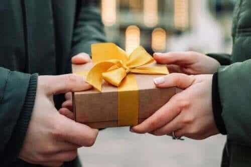 Liefdadigheidsgeschenken om blijheid te verspreiden!