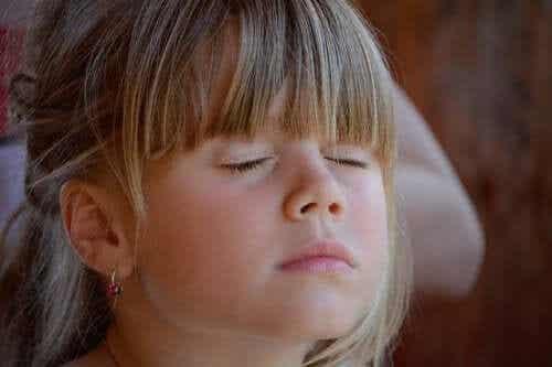 De Koeppen-techniek om kinderen te helpen ontspannen