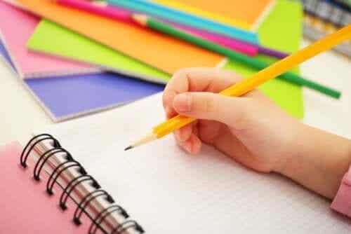 3 spellen die je kunt spelen met potlood en papier