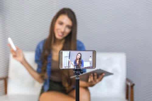 Tiener maakt eigen video