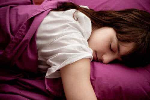 Waarom zijn niet veel tieners ochtendmensen?