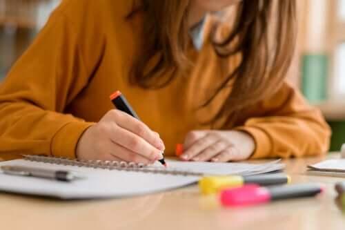 8 strategieën voor betere prestaties tijdens het studeren