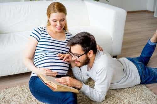 Elfennamen voor je baby: 26 opties om uit te kiezen